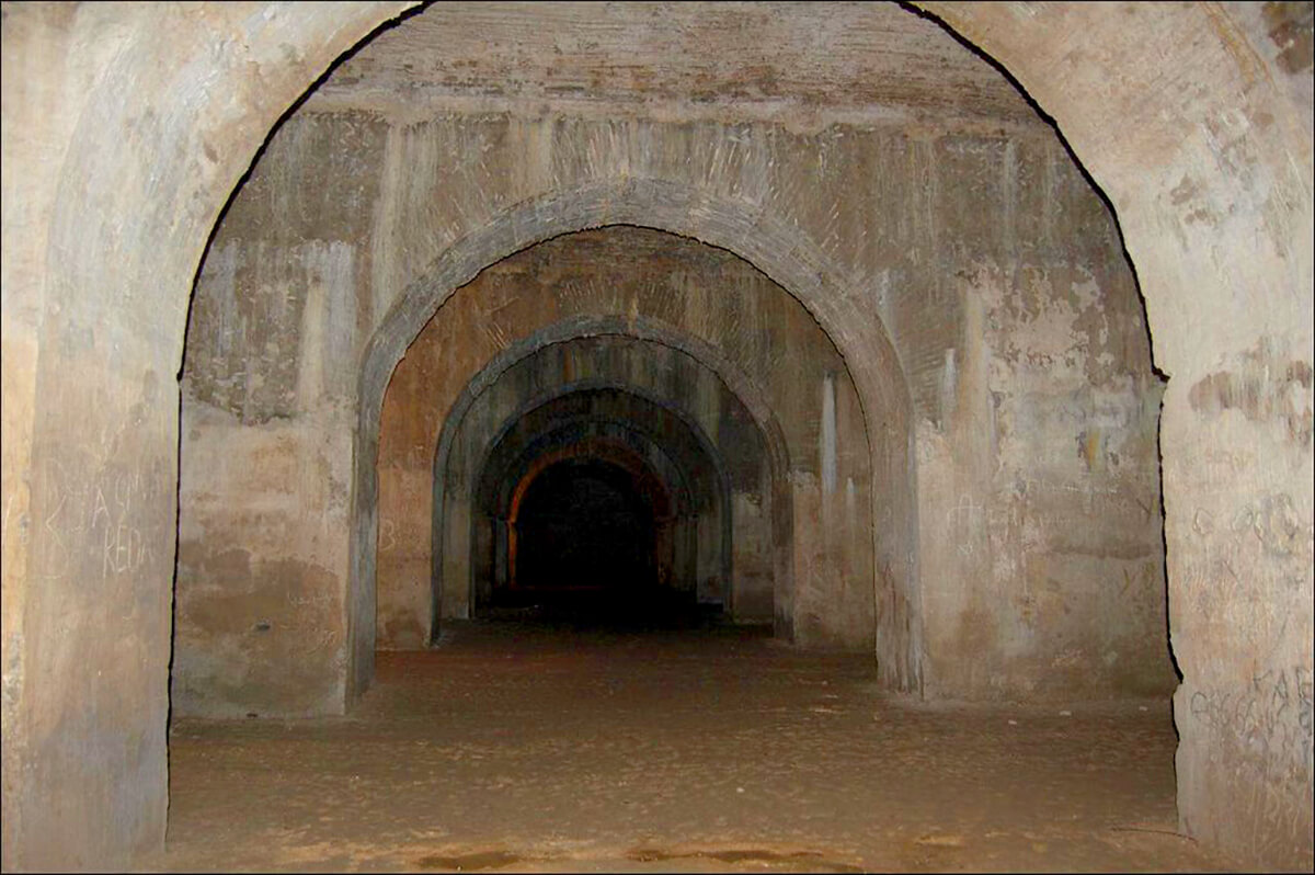 Sahara Desert Tour - What to See and Do in Meknes, one of Morocco's Grandest Ancient Cities - Qara Prison/Habs Qara